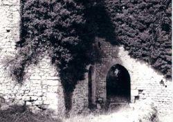 entrata-del-castello-di-suc